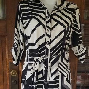 New York and Company stretch dress....size small